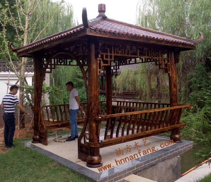 碳化木凉亭.jpg